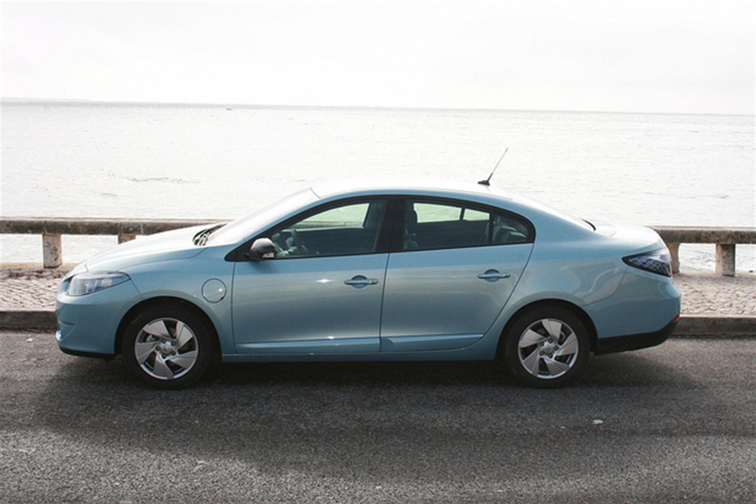 Renault Fluence Test Drives Offered to London Public