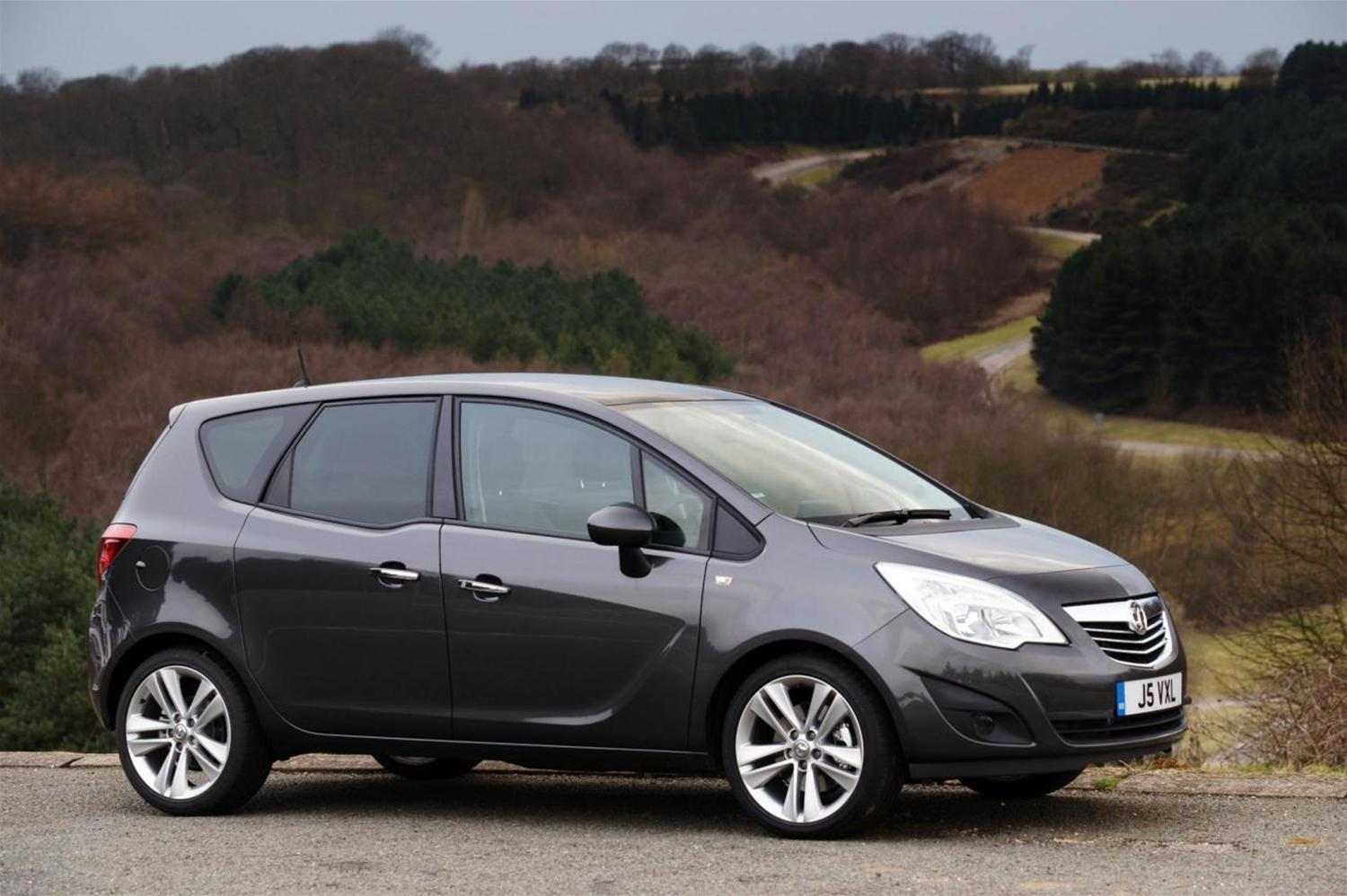 The New Vauxhall Meriva Spotted During Testing