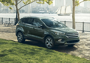 2019-Ford-Escape-Titanium_MOB