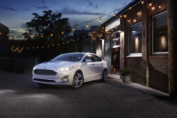 2020 Fusion Plug-In Hybrid Titanium | Southern California Ford Dealers