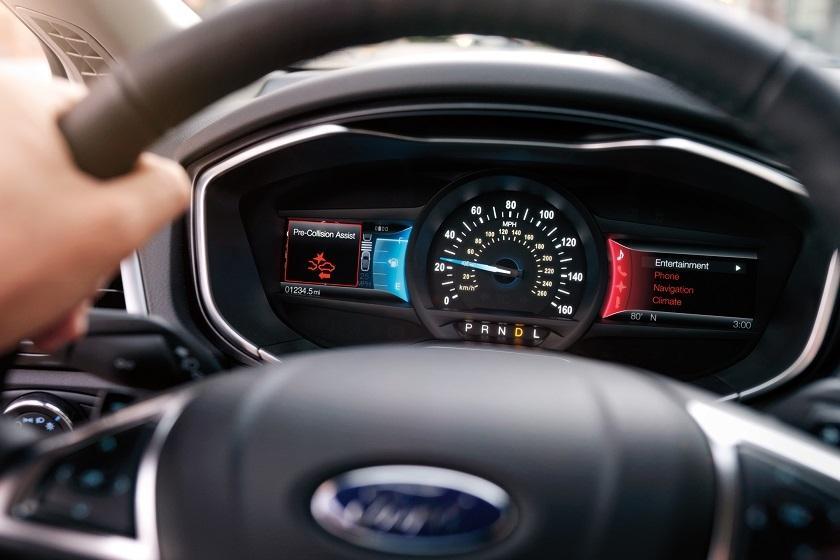 2018 Ford Fusion vs 2018 Honda Accord