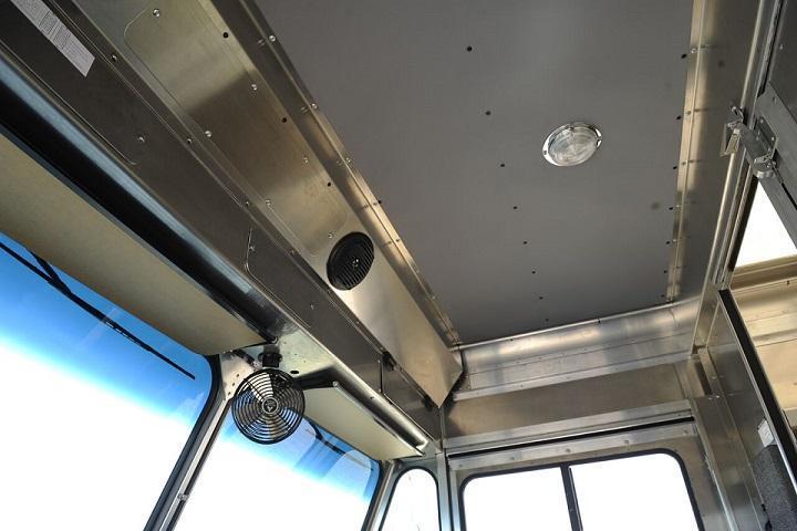 2020 FORD P700 12' 14' MORGAN OLSON ALUMINUM STEP VAN (P700)   South Bay Ford Commercial