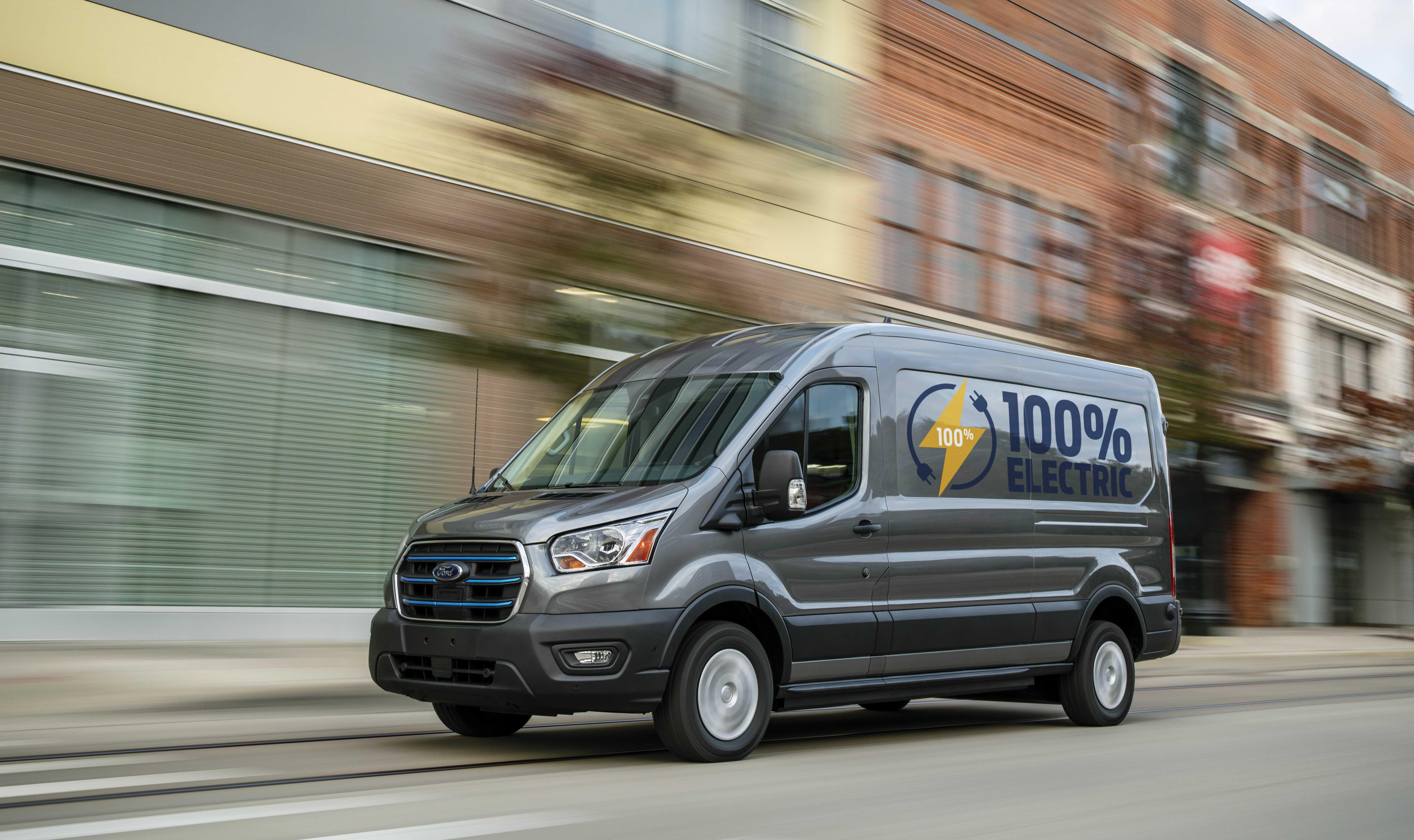 Le Ford Transit passe à l'électrique