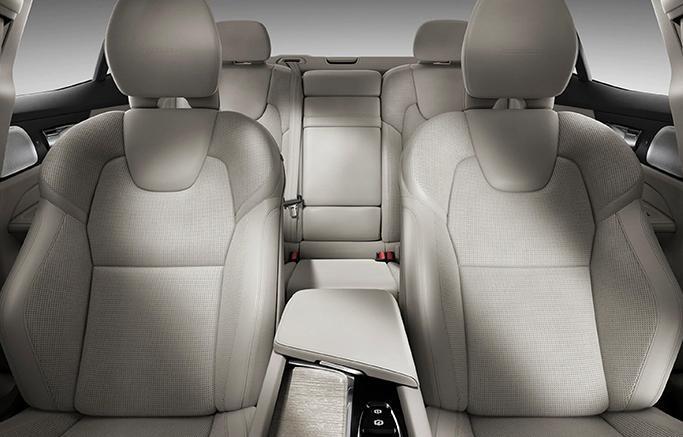 New 2019 Volvo S60 interior seats