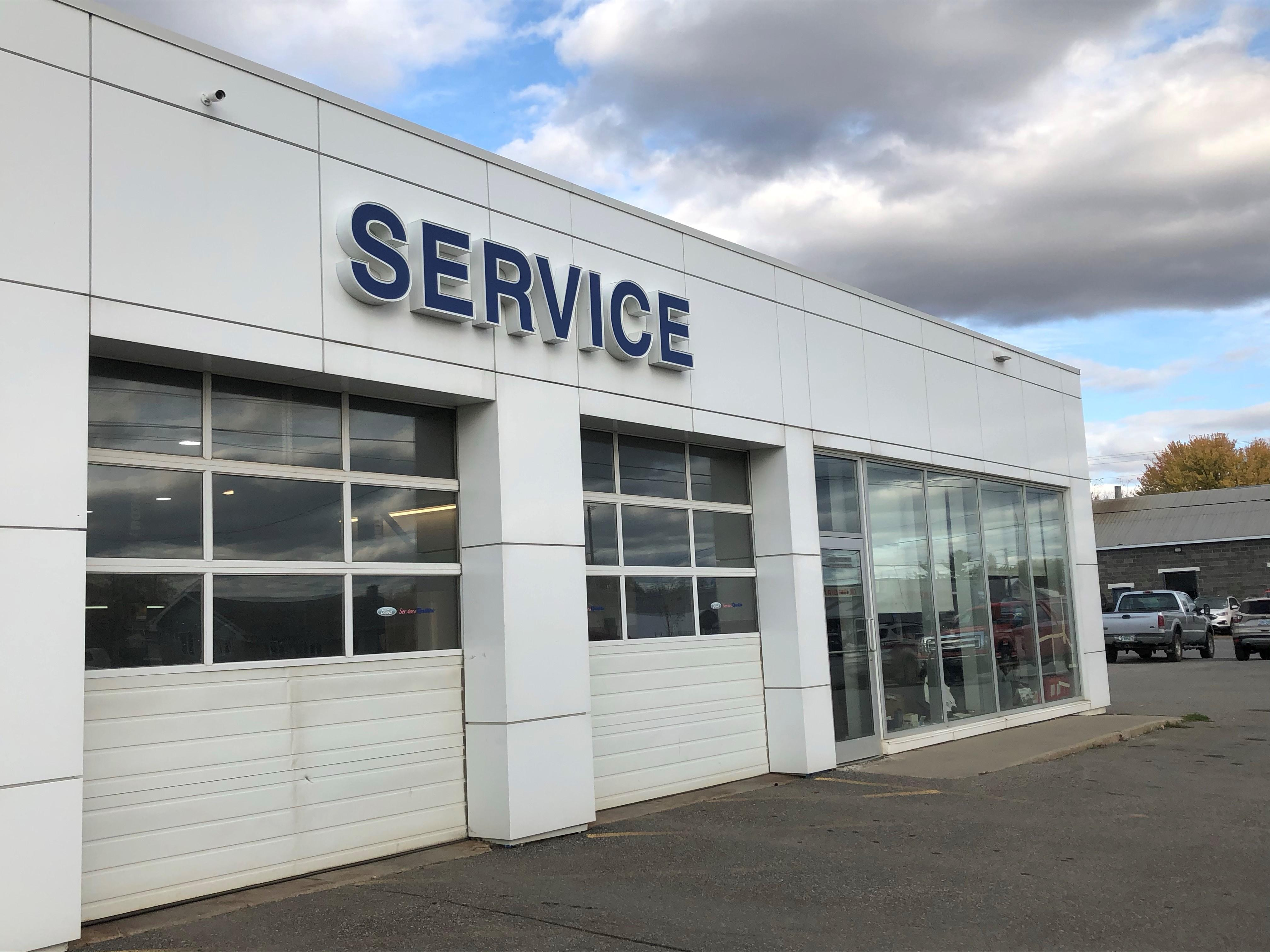 Ford service parts center