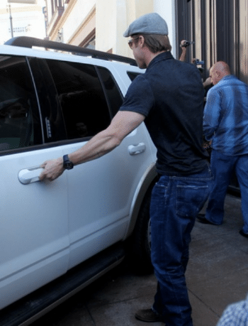 Brad Pitt Ford Explorer XLT