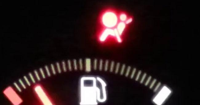 airbag warning light