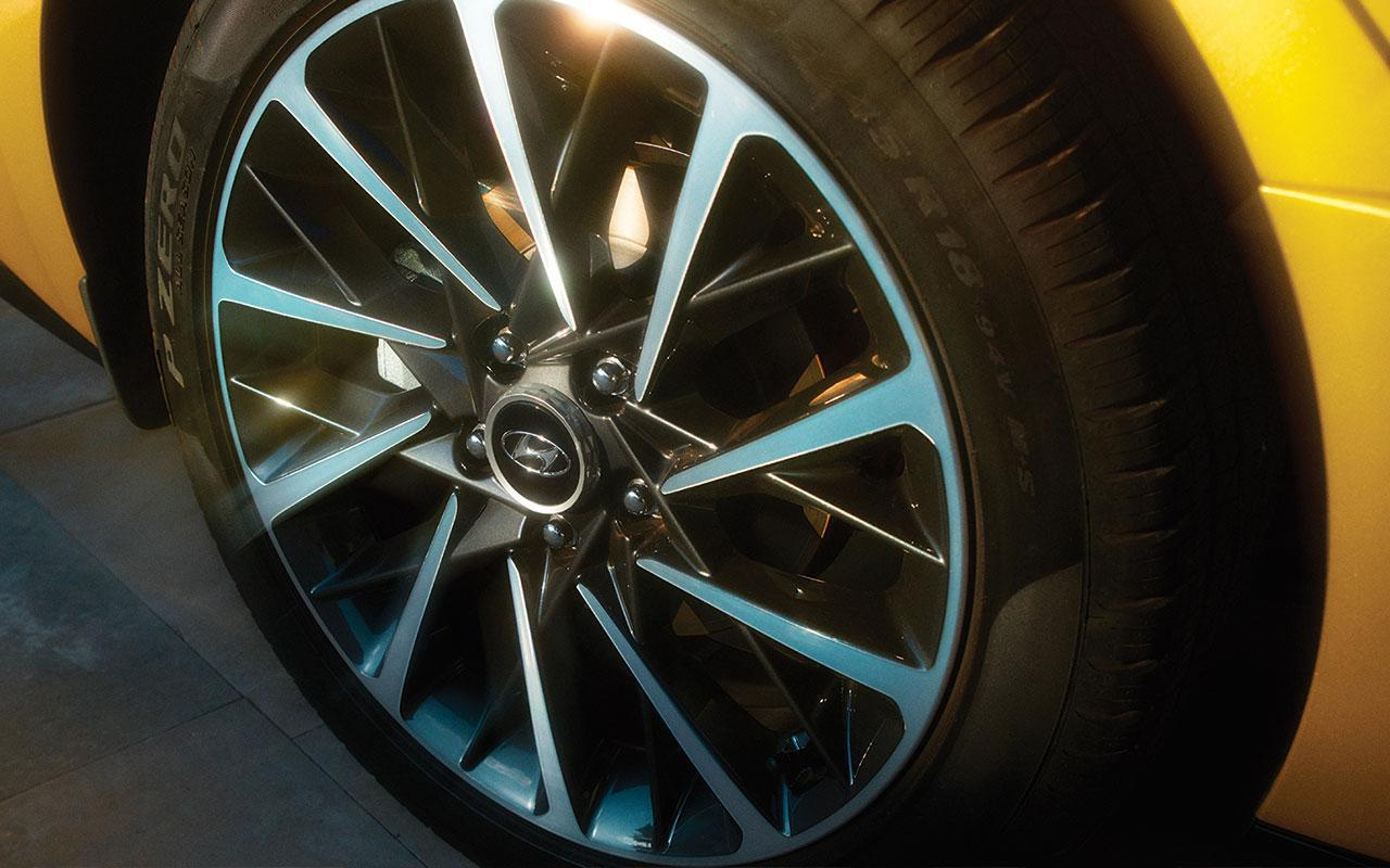 New 2020 Hyundai Sonata Yellow Alloy wheel