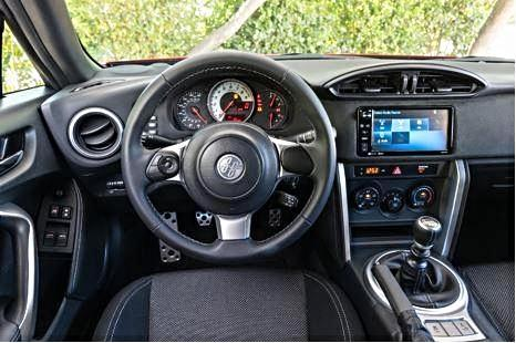 2017 Toyota 86 Sporty Interior