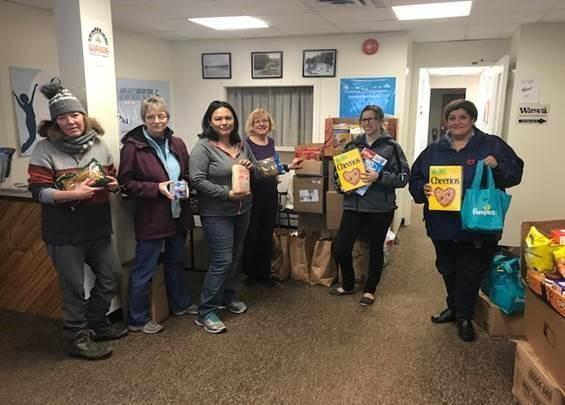 Northern Lights Ford Staff with Wawa Food Bank Volunteers – left to right Cindy Szekely, Donna Taylor, Kim Barnes, Margaret Chapman with Northern Lights Ford staff