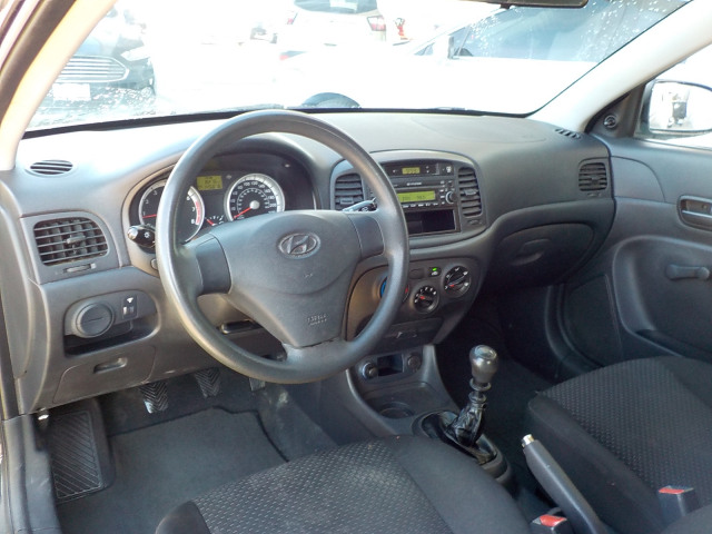 2009 Hyundai Accent SE