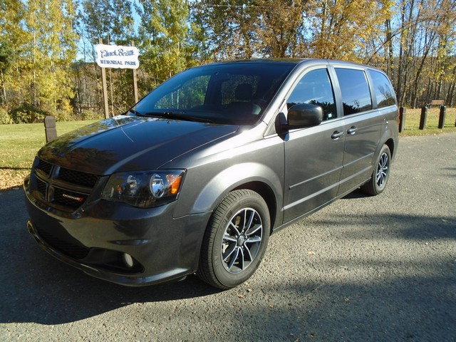 2017 Dodge Grand Caravan GT LEATHER LOAD $99.00 WEEKLY (TEXT 778-949-5071)