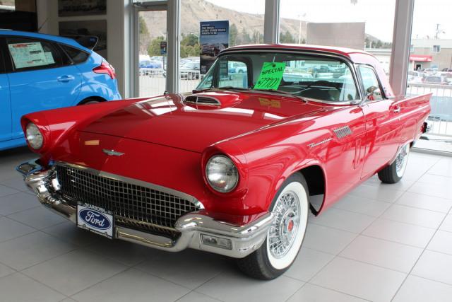 1957 Ford T-Bird Convertible