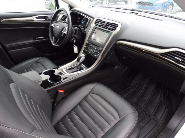 2016 Ford Fusion Se-Fwd-Leather-Navigation