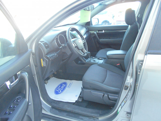 2012 Kia Sorento AWD V6 Automatic LX w/3rd Row