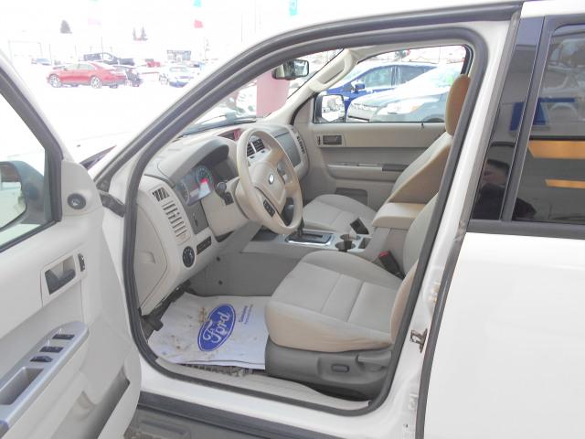 2002 GMC Yukon XL 1500 4WD Denali