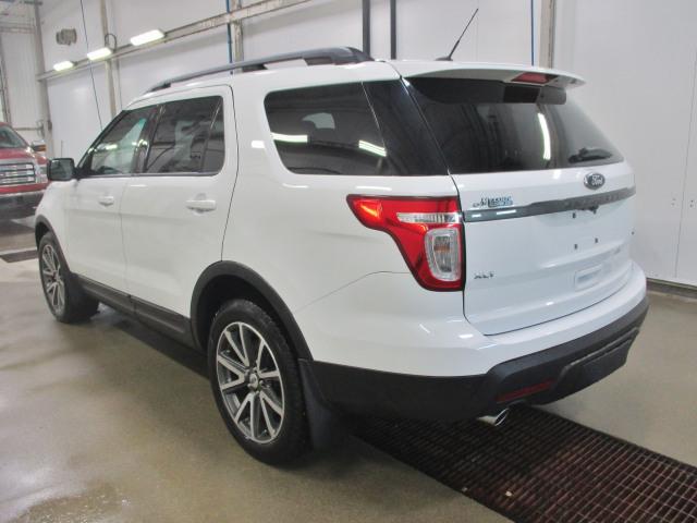 2015 Ford Explorer XLT  - Reverse Sensing - Power Windows - $178 B/W