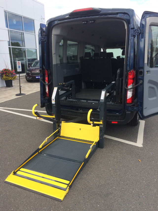 2019 Ford Transit Med Roof ACCESSIBLE REAR LIFT  XL Passenger Wagon