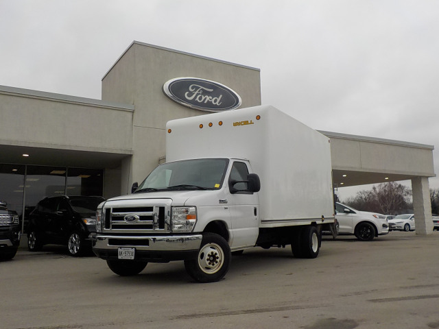 2016 Ford Econoline 450 Cutaway Base DRW