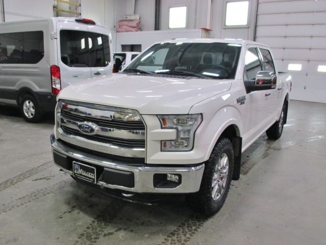 2015 Ford F-150 LARIAT  - Sunroof - Navigation - $292 B/W