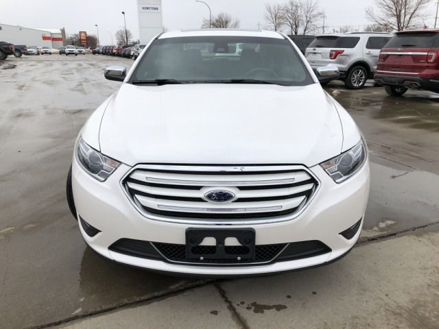 2018 Ford Taurus Limited