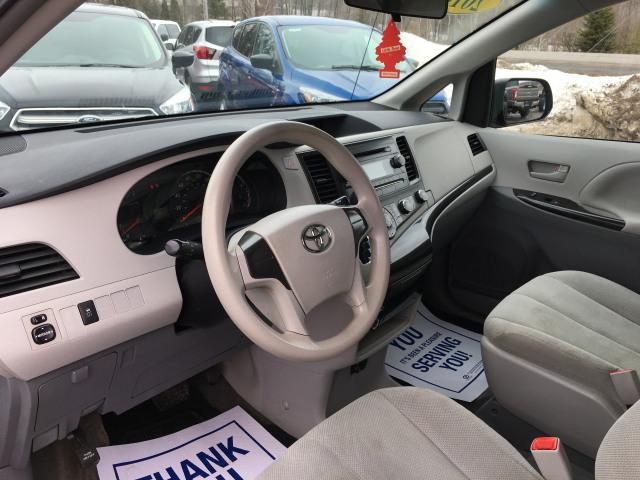 2014 Toyota Sienna 7-PASS