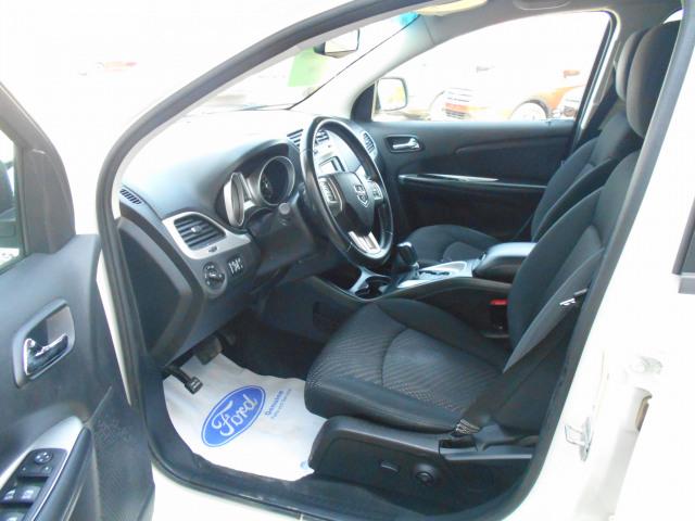 2011 Dodge Journey FWD SXT