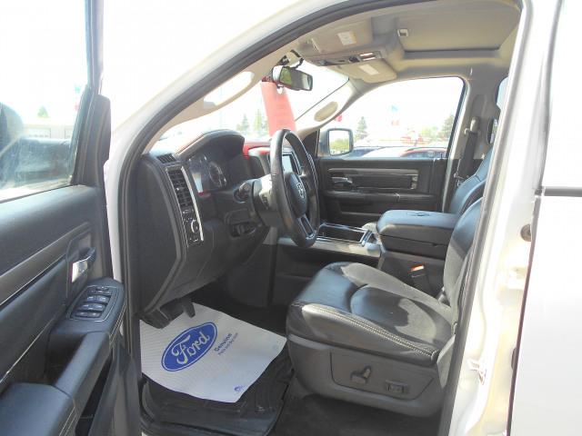 2014 Ram 1500 4WD Crew Cab 5.7 Ft Box Sport