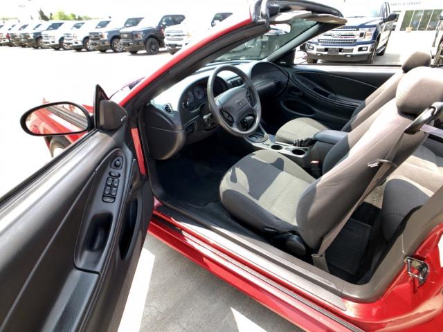 2002 Ford Mustang V6 Convertible