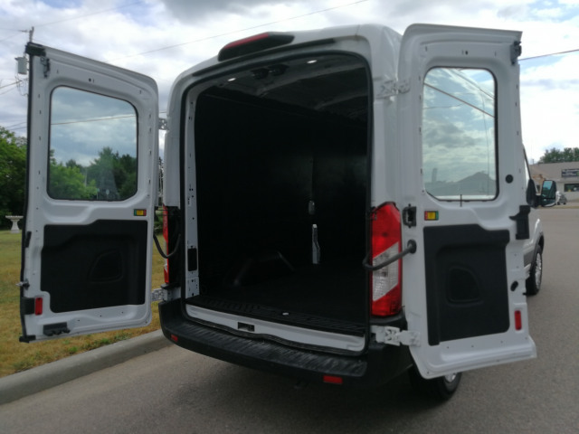 2019 Ford Transit-250 148 WB Cargo