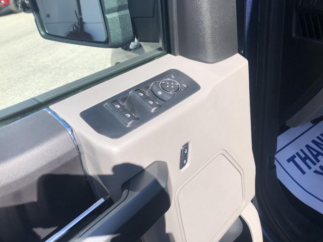 2017 Ford F-150 XLT w/2.7L ECOBOOST, TRAILER TOW PKG, LINEX, SIDE STEPS