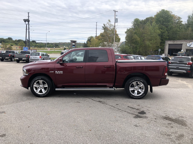 2017 RAM 1500 SPORT w/HEATED SEATS AND WHEEL, NAVIGATION, SUNROOF, ONE OWNER