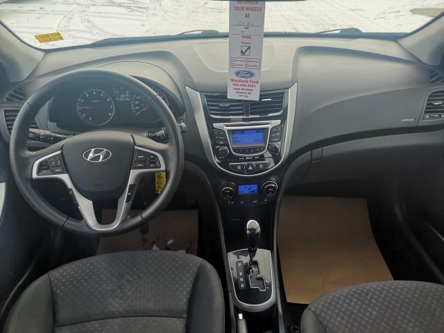 2013 Hyundai Accent GLS/SE