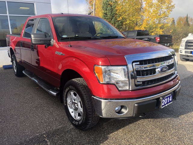 2014 Ford F-150 XLT w/5.0L V8, 3.55 AXLE RATIO, TOW PKG, ONE OWNER!!!
