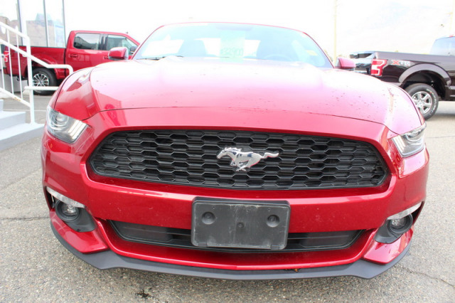 2017 Ford Mustang -