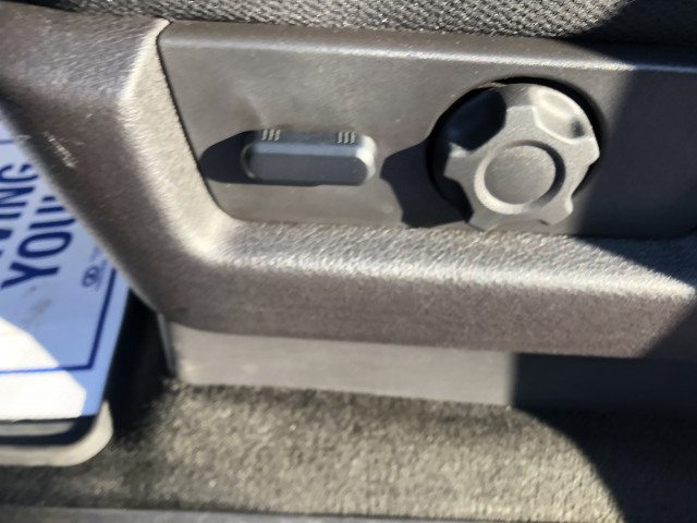 2014 Ford F-150 FX4 w/MOONROOF, CLOTH SEATS, BACKUP CAMERA, TOW PKG