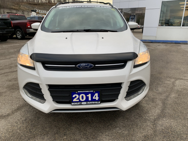 2014 Ford Escape SE w/2.0L ECOBOOST, TOW PKG, NAVIGATION, BACKUP CAMERA