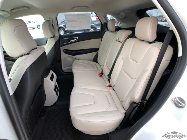 2020 Ford Edge Titanium