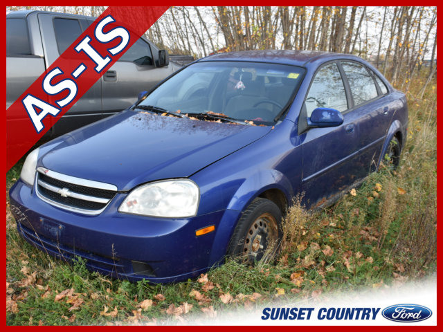 2004 Chevrolet Optra Base