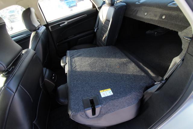 2017 Ford Fusion 4dr Sdn SE FWD