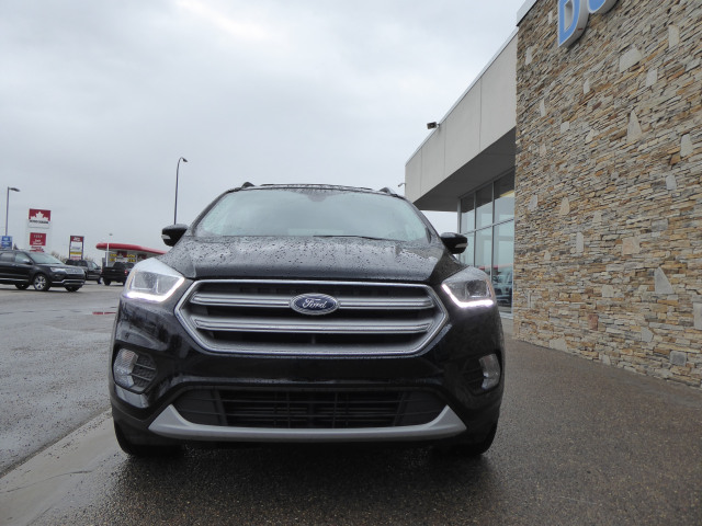 2017 Ford Escape TITANIUM 4WD W/ 2.0L ECOBOOST ENGINE