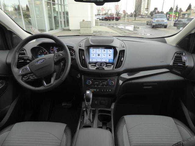 2019 Ford Escape TITANIUM 4WD W/ 2.0L ECOBOOST ENGINE