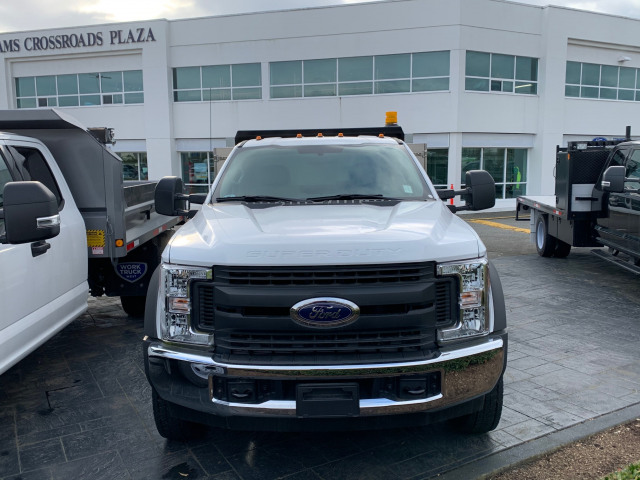 2017 Ford Super Duty F-550 DRW XL