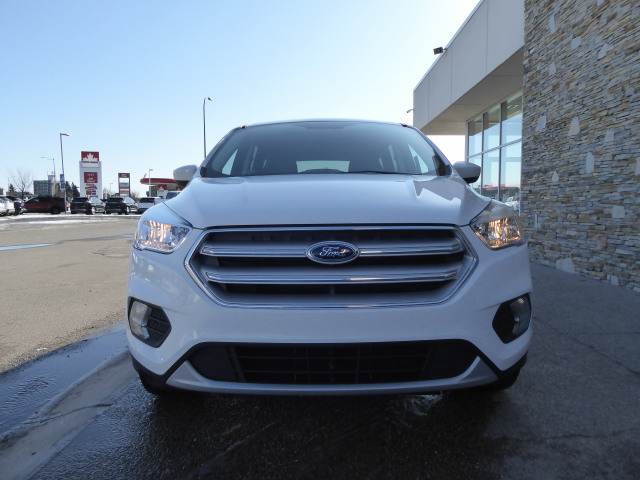 2019 Ford Escape SE 4WD W/ 1.5L ECOBOOST ENGINE