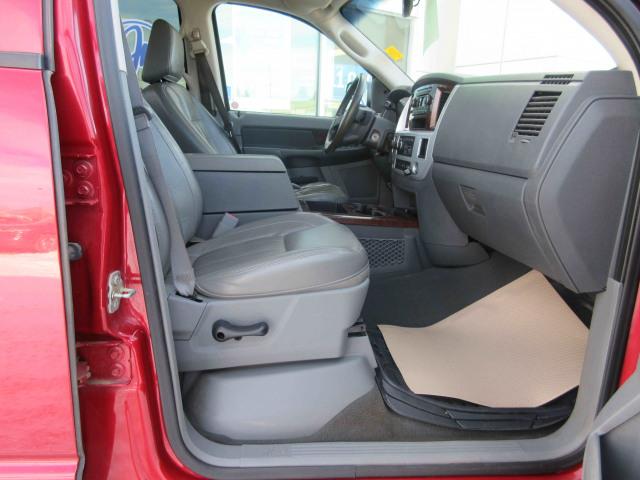 2008 Dodge Ram 1500 4WD Quad Cab