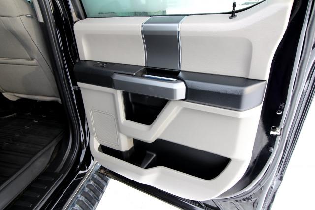 2017 Ford F150 5.0L XTR CREW CAB