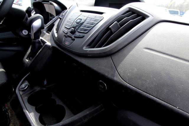 2019 Ford TRANSIT CARGO MED RF