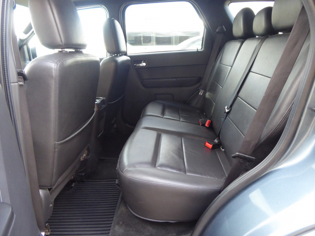 2012 Ford Escape XLT FWD w/ 3.0L V6 Engine