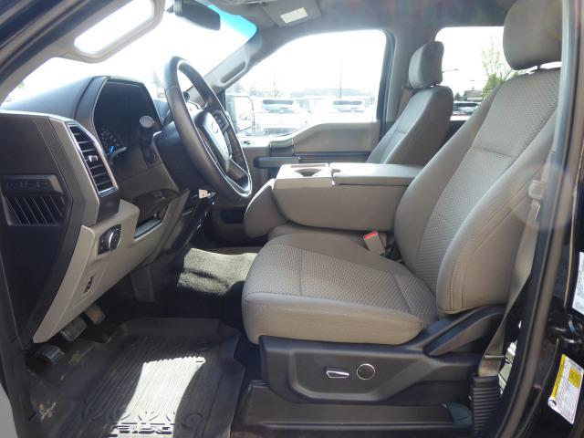 2017 Ford F-150 XLT 4WD w/ 2.7L EcoBoost Engine