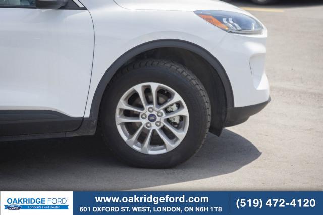 2020 Ford Escape SE, 1.9% Finance Rate! Co Pilot Auto Cruise / Lane Keeping